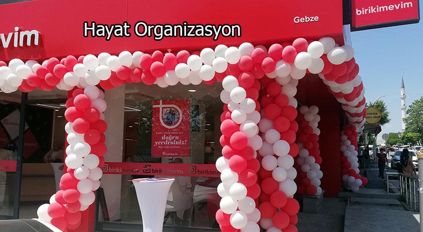 balon süsleme kırmızı beyaz açılış organizasyon