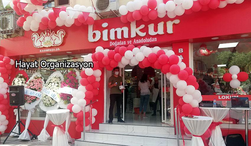 Mağaza Açılış Organizasyonu Kırmızı Beyaz Balon