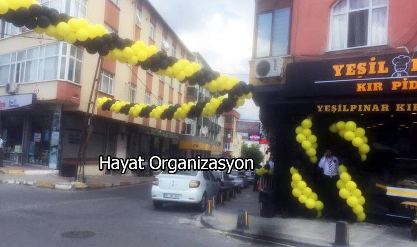 sarı siyah balon süslemeleri