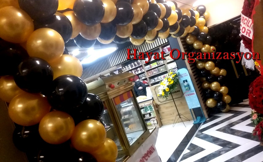market açılışı gold siyah balon süsleme